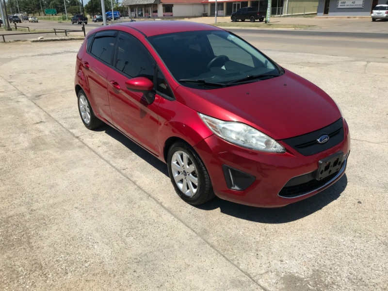 Ford Fiesta 2011 price 1500 DOWN