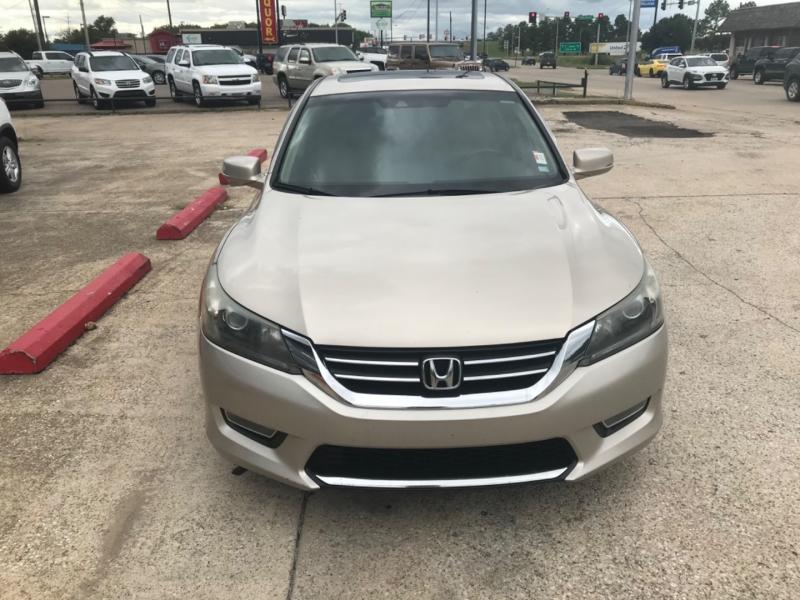Honda Accord Sdn 2013 price 1750.00 DOWN