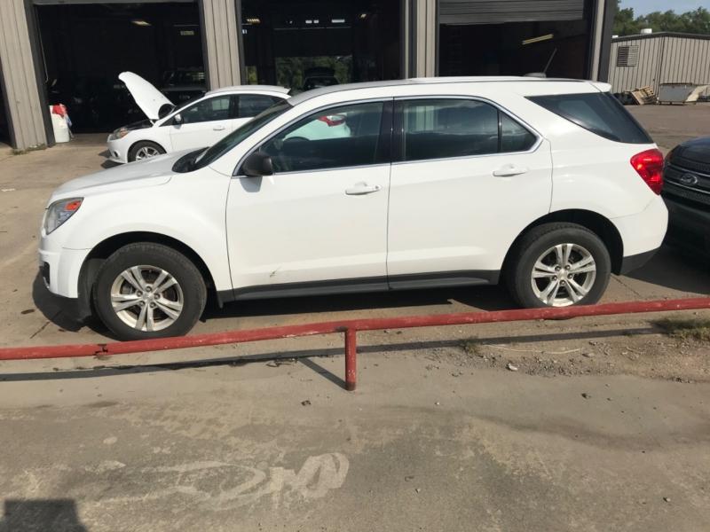 Chevrolet Equinox 2015 price $12,585