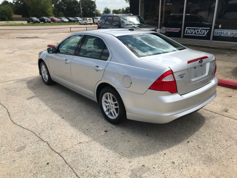 Ford Fusion 2012 price 1800.00 DOWN