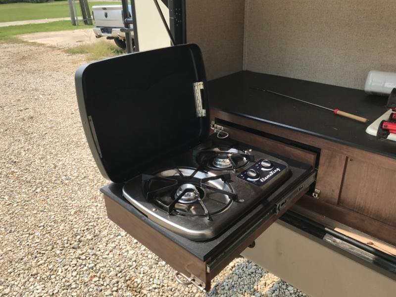 Keystone VELOCITY 2018 price $29,500