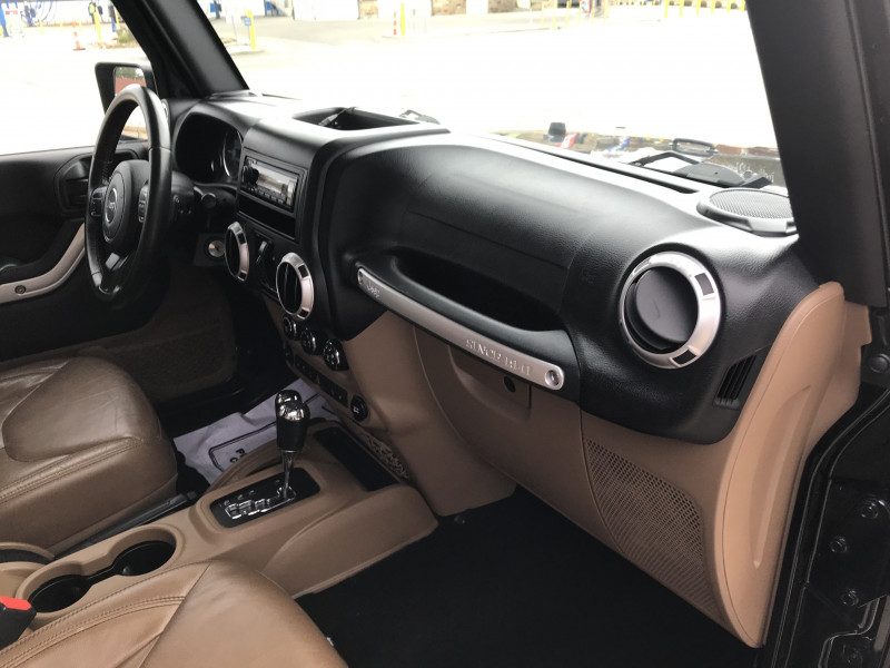 Jeep Wrangler Unlimited 2015 price $28,745