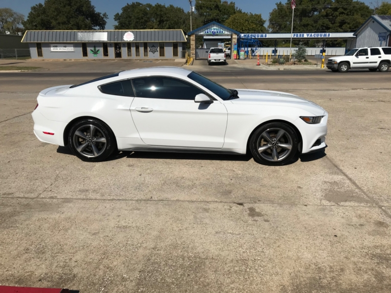 Ford Mustang 2016 price $12,985