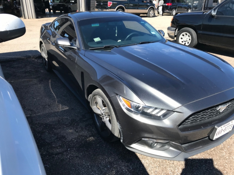 Ford Mustang 2016 price $17,485