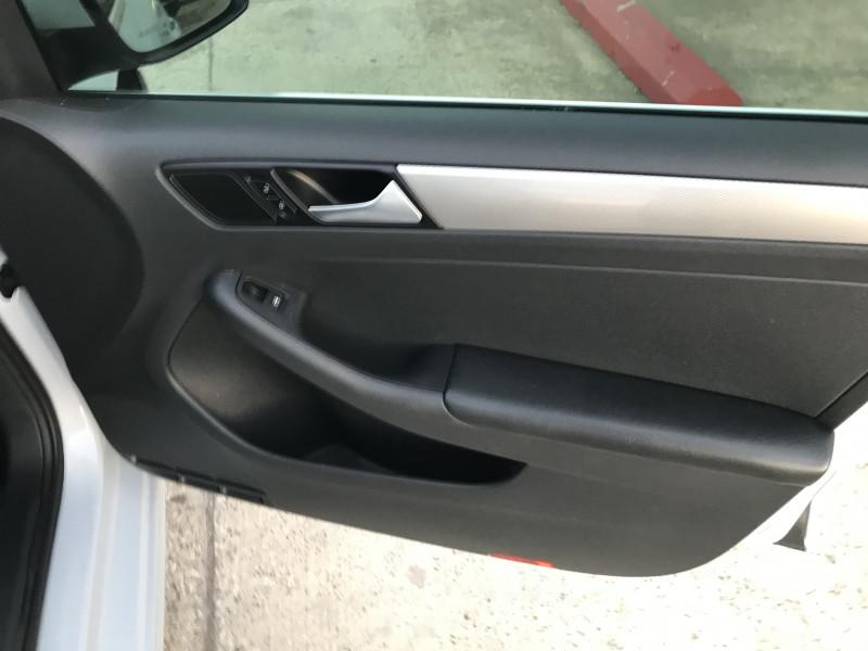 Volkswagen Jetta 2017 price 3000.00 DOWN