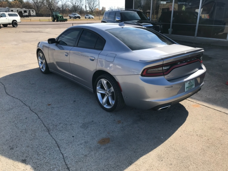 Dodge Charger 2018 price $24,575