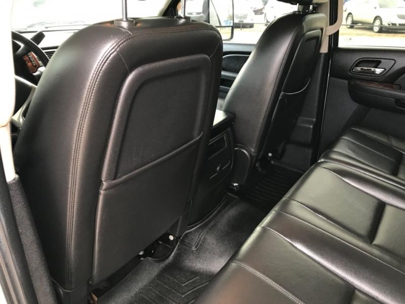 GMC Sierra 2500HD 2011 price $27,485