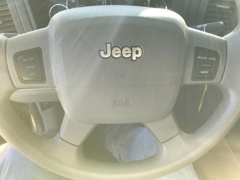 Jeep Grand Cherokee 2007 price 1900.00 DOWN