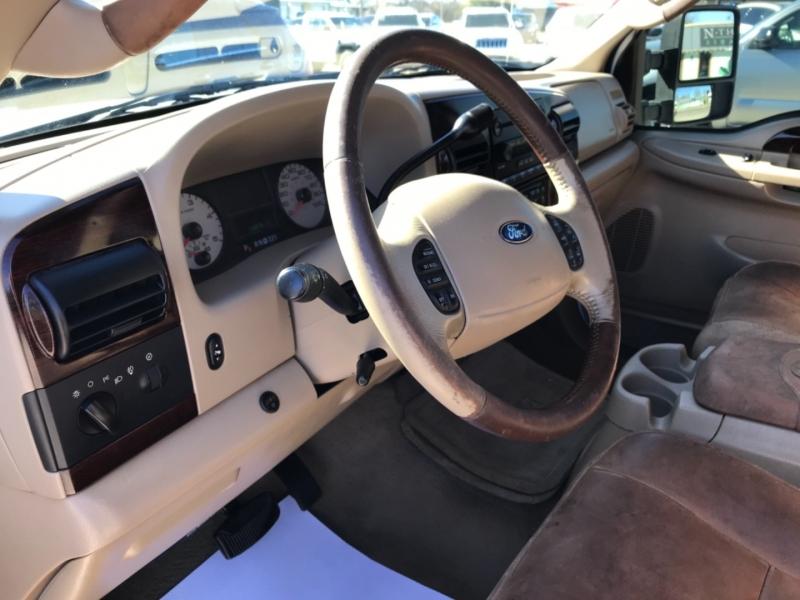 Ford Super Duty F-250 2005 price $15,985