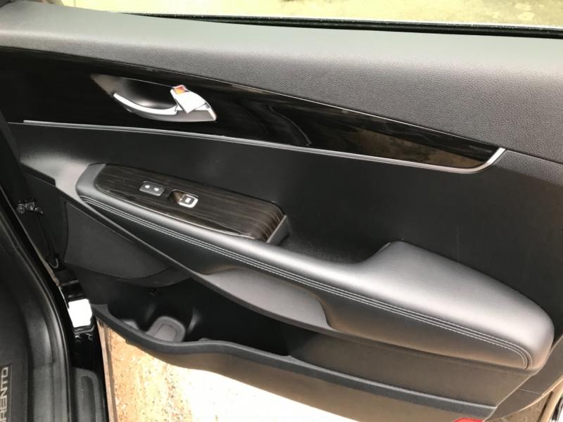 Kia Sorento 2019 price $18,985