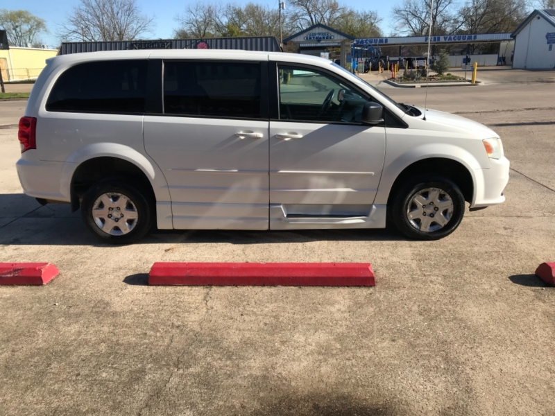 Dodge Grand Caravan 2011 price buy here pay here