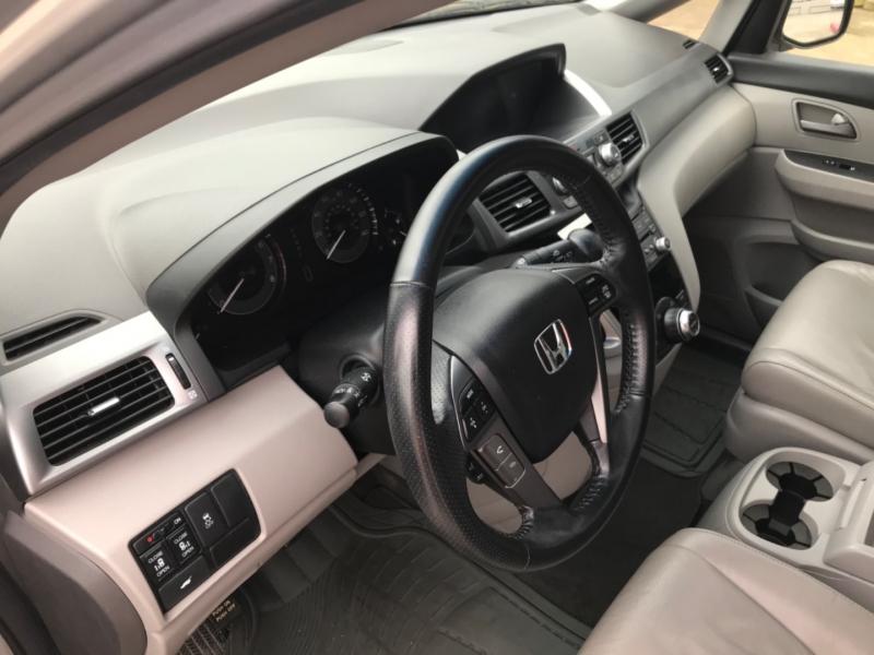 Honda Odyssey 2011 price 2000.00 DOWN