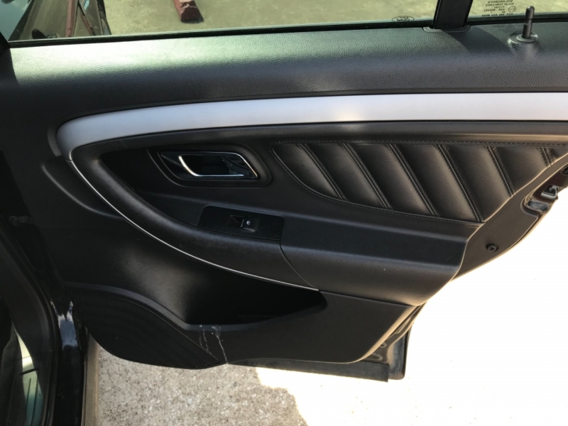 Ford Taurus 2017 price $16,675