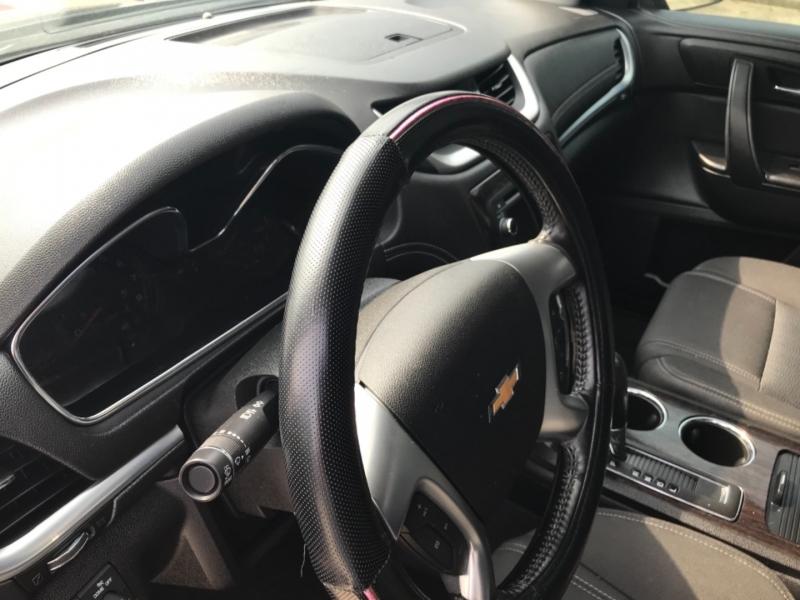 Chevrolet Traverse 2015 price $15,985