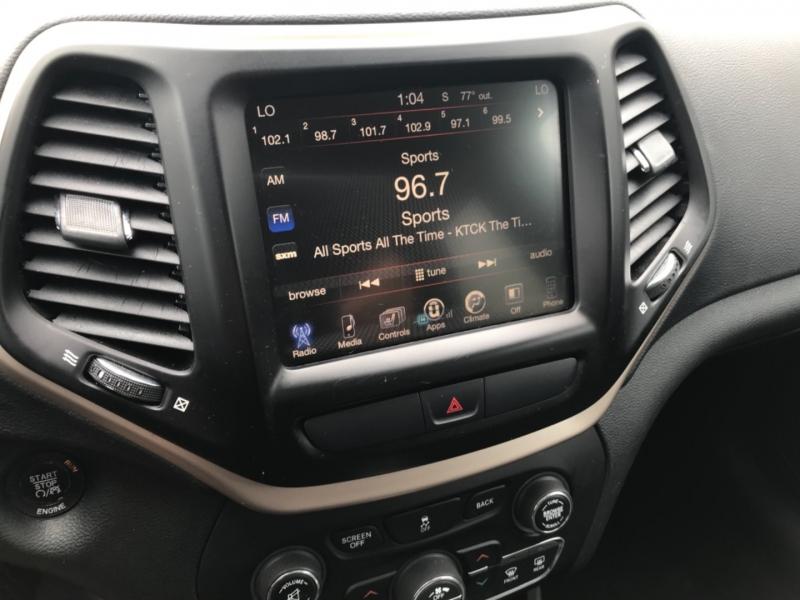 Jeep Cherokee 2016 price $14,785
