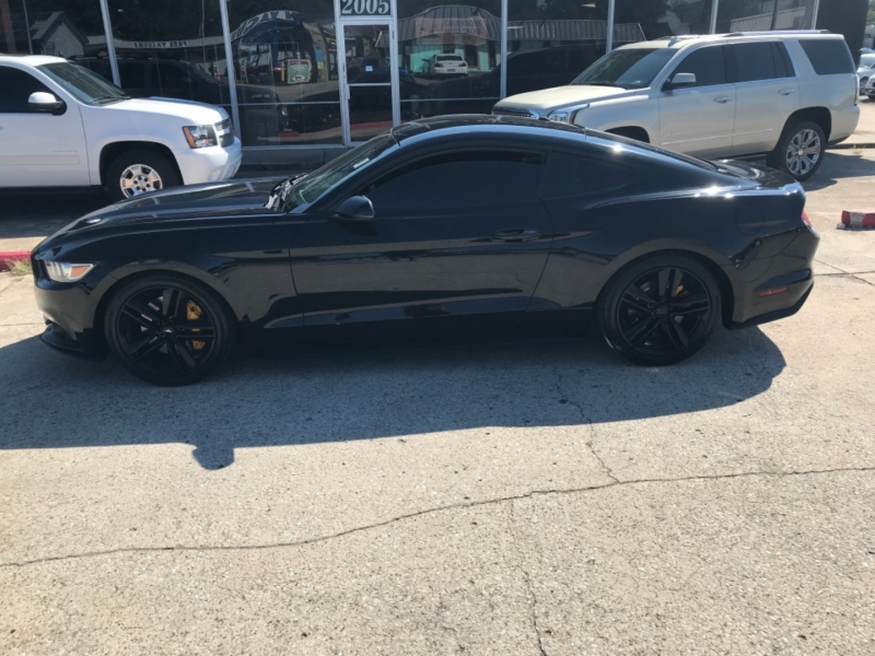 Ford Mustang 2015 price $20,985