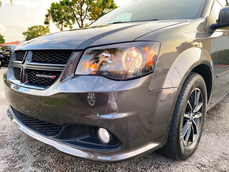 Dodge Grand Caravan 2017 price $8,999