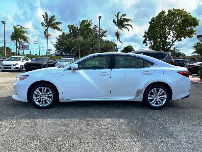 Lexus ES 350 2013 price $10,299