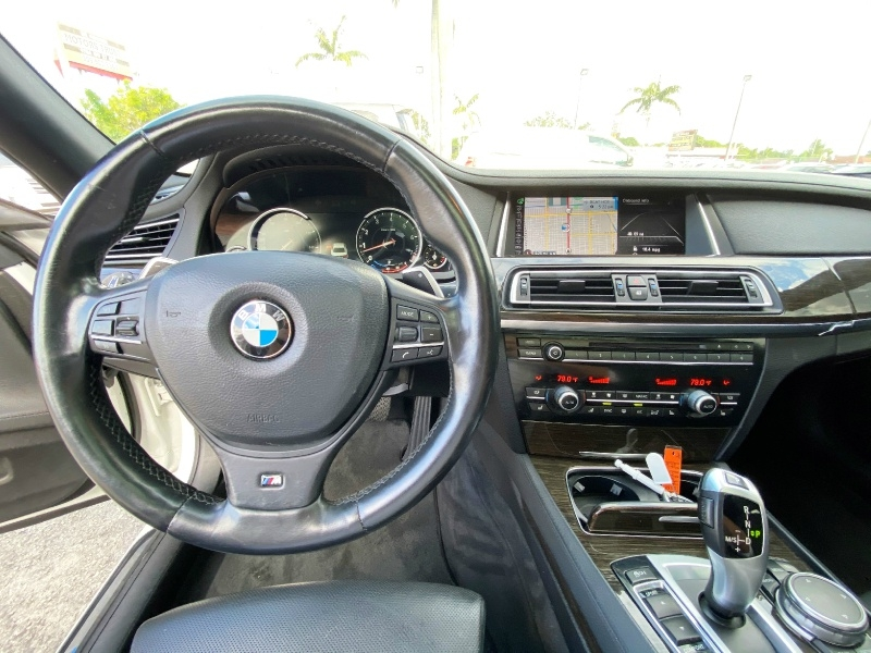 BMW 7-Series 2015 price $14,999