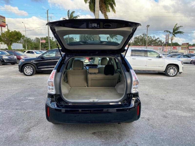 Toyota Prius v 2012 price $4,799