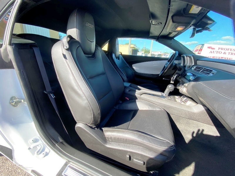 Chevrolet Camaro 2015 price $18,399