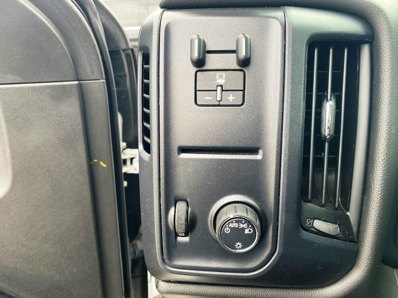 Chevrolet Silverado 1500 2018 price $19,899