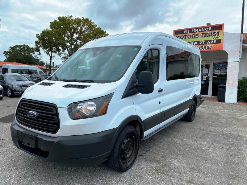 Ford Transit Wagon 2017 price $14,799