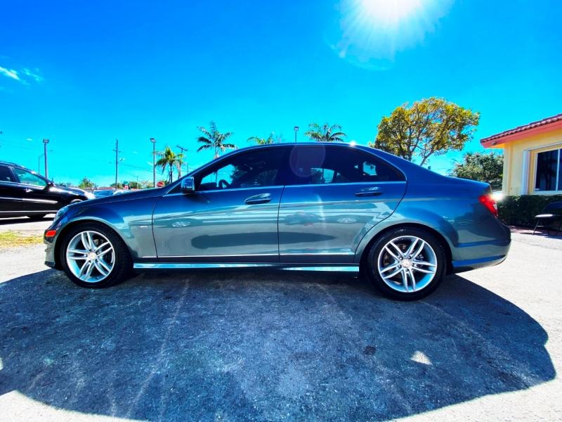 Mercedes-Benz C-Class 2012 price $8,899