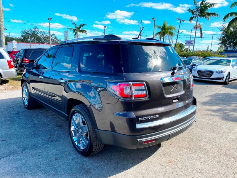 GMC Acadia Limited 2017 price $10,900