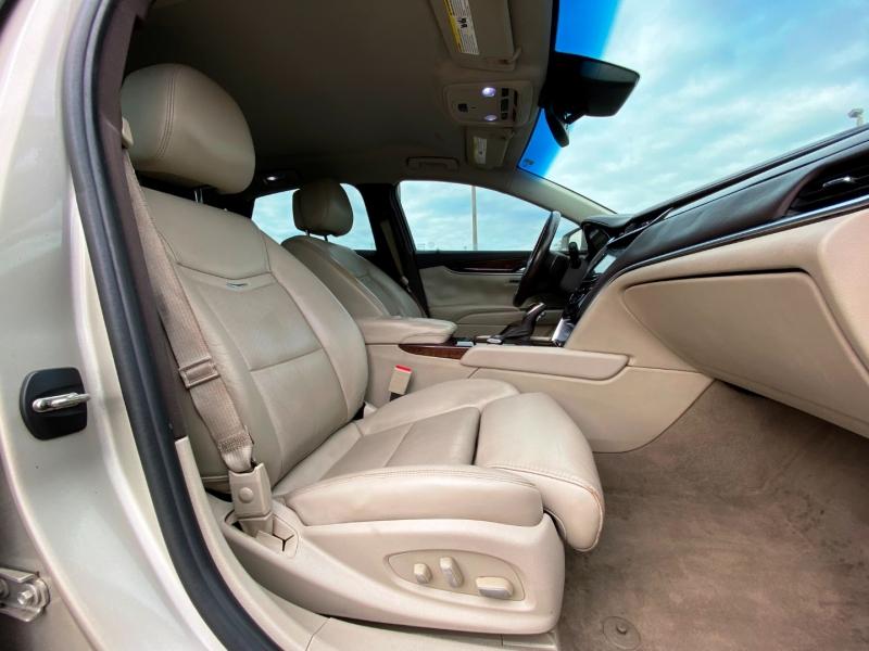 Cadillac XTS 2013 price $11,399