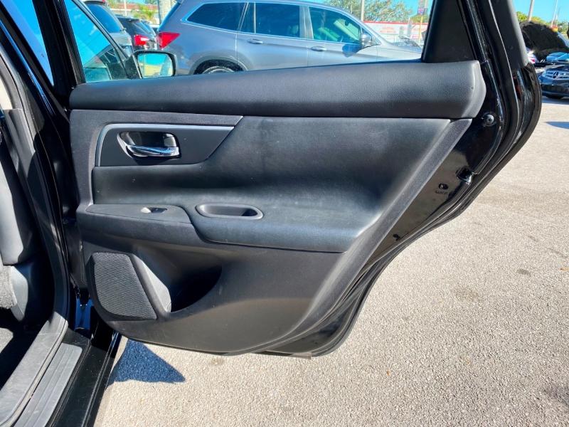 Nissan Altima 2018 price $13,299
