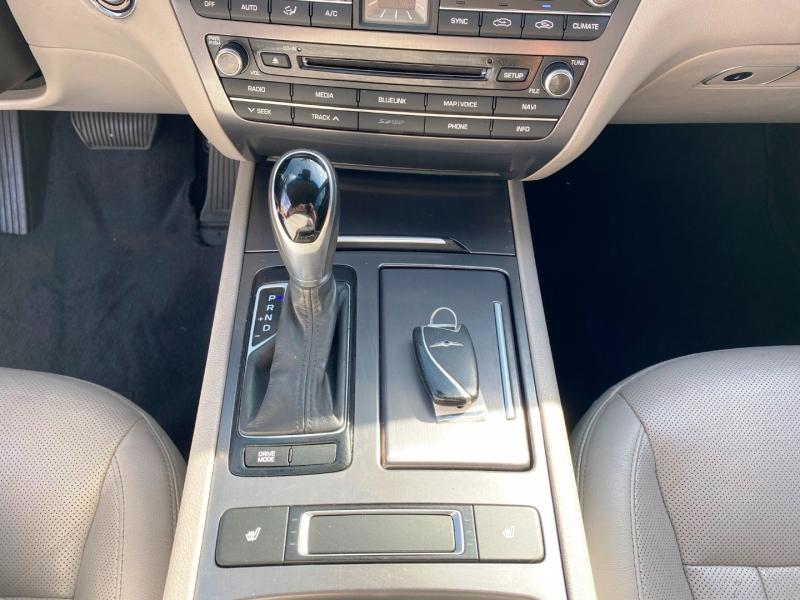Hyundai Genesis 2016 price $14,499