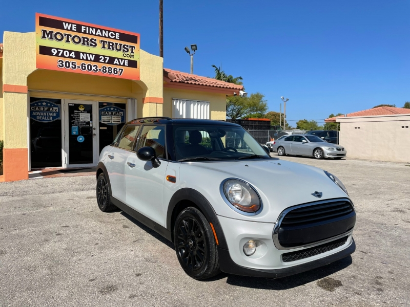Mini Hardtop 4 Door 2017 price $10,799