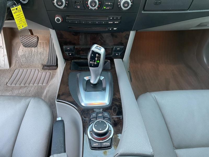 BMW 5-Series 2009 price $7,599