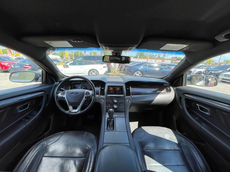 Ford Taurus 2015 price $7,899