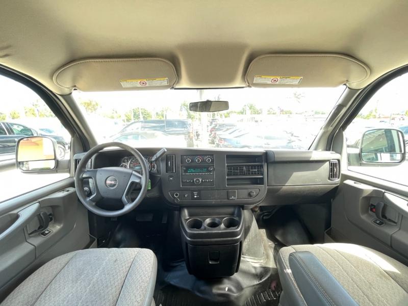 GMC Savana Cargo Van 2015 price $12,999