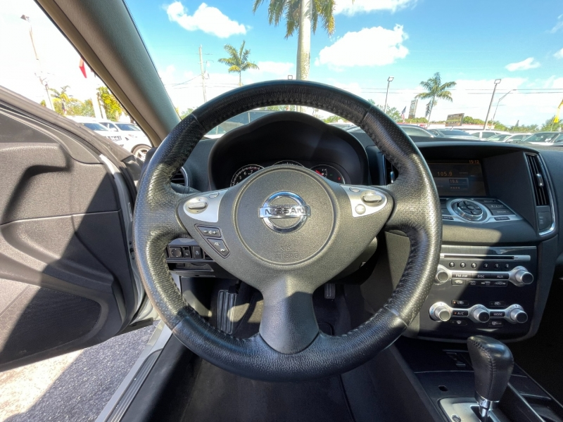 Nissan Maxima 2014 price $10,299