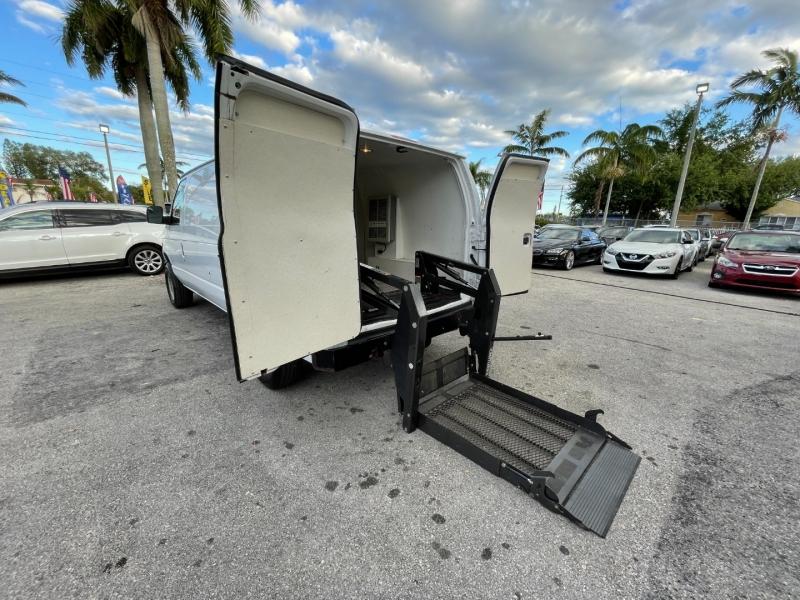 Ford Econoline Cargo Van 2014 price $11,399