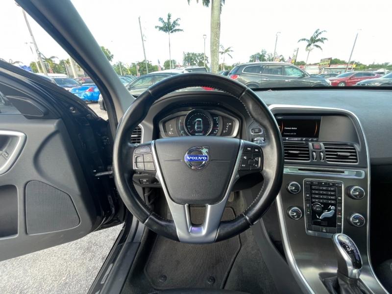 Volvo XC60 2015 price $9,799