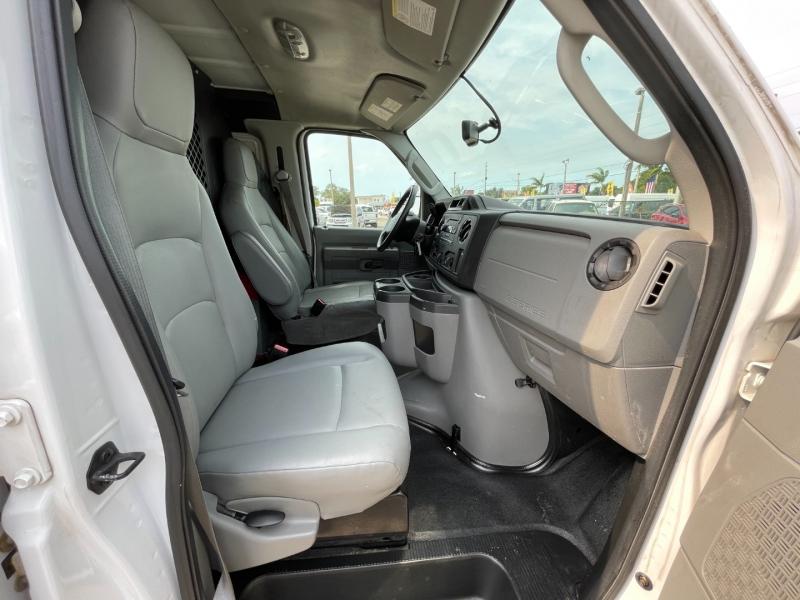 Ford Econoline Cargo Van 2014 price $12,299