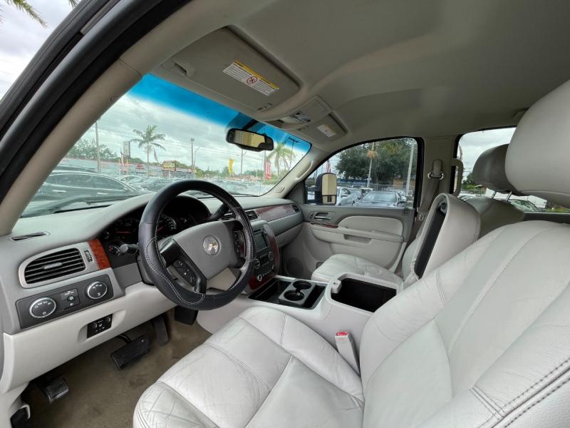 Chevrolet Silverado 2500HD 2011 price $18,599