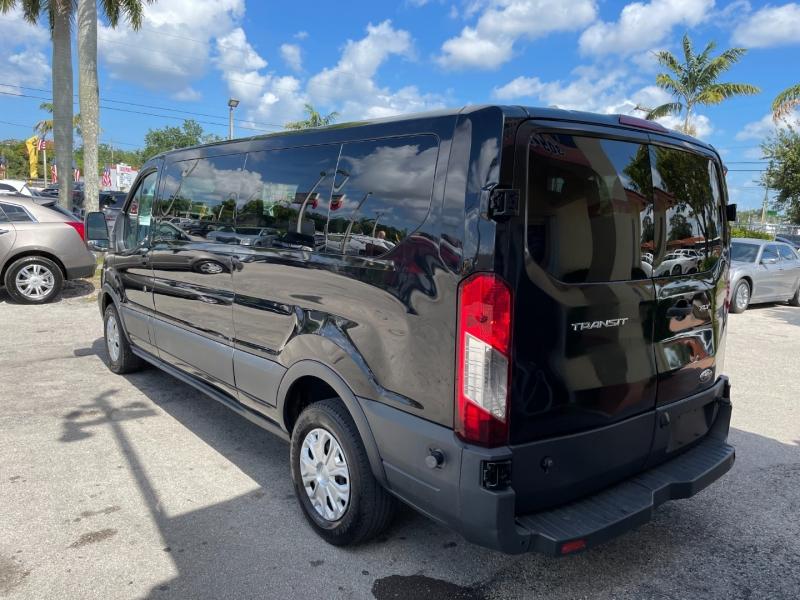 Ford Transit Wagon 2016 price $15,999