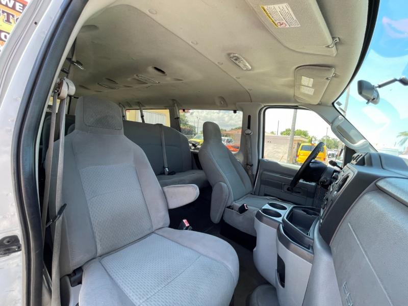 Ford Econoline Wagon 2010 price $7,999