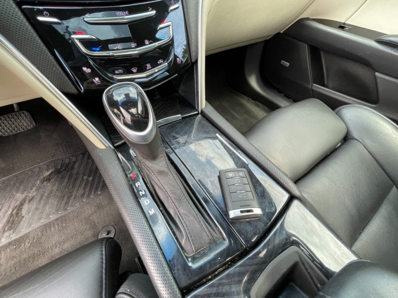 Cadillac XTS 2014 price $16,400