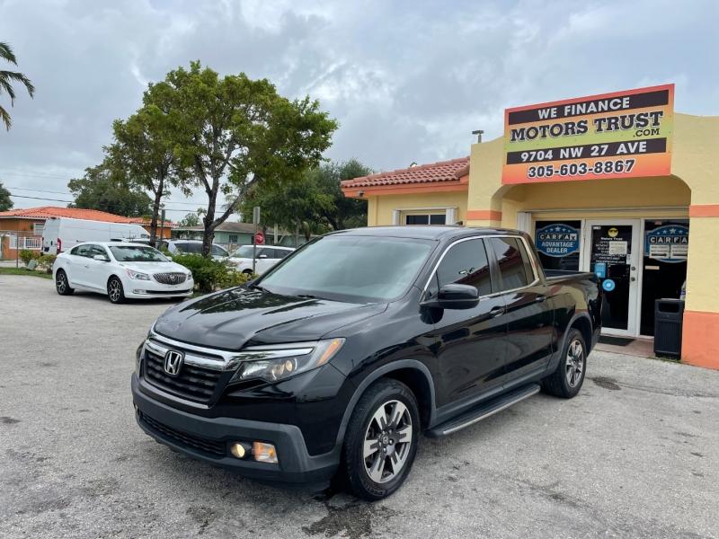 Honda Ridgeline 2017 price $18,899