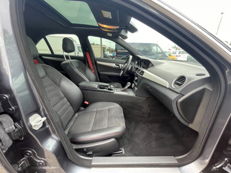 Mercedes-Benz C-Class 2014 price $13,299
