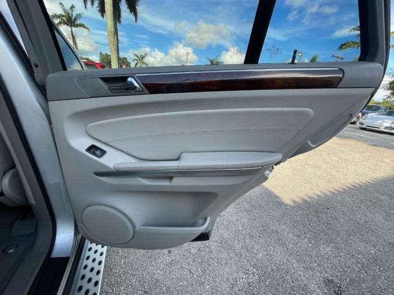 Mercedes-Benz M-Class 2011 price $8,699