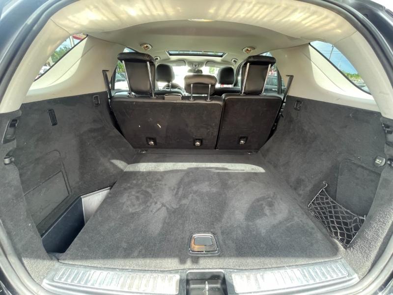Mercedes-Benz M-Class 2015 price $16,299