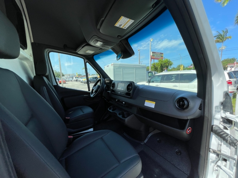 Mercedes-Benz Sprinter Van 2019 price $41,999