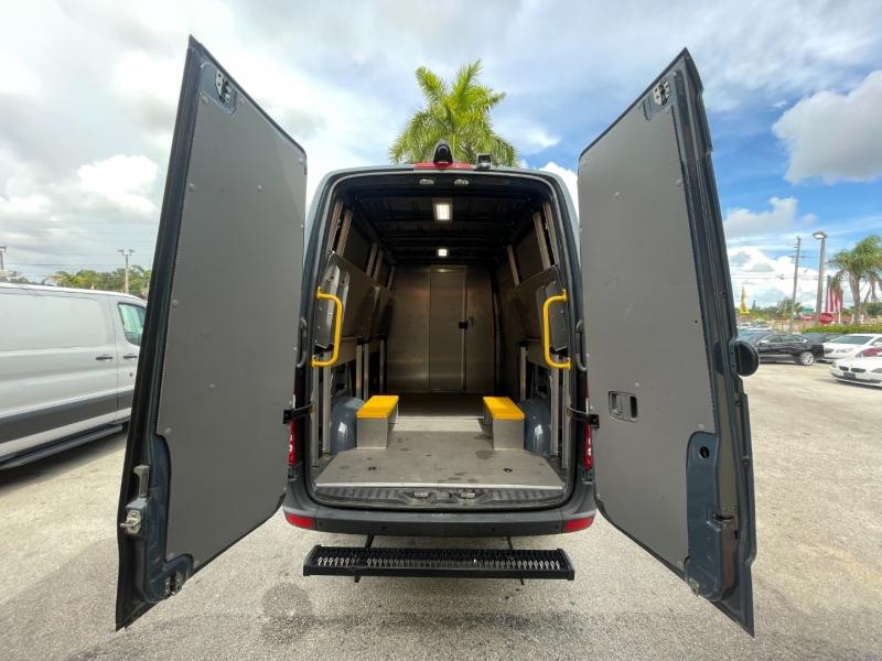 Mercedes-Benz Sprinter Cargo Van 2018 price $31,899